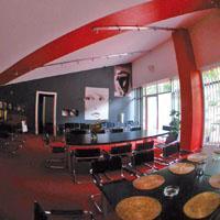 Láry-Fáry étterem. Igazi kirándulóhelynek számít a fővárostól mindössze 25  kilométerre található 406ac9b7d9